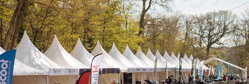 Stand d'exposition extérieur pour le Salon Nextgen