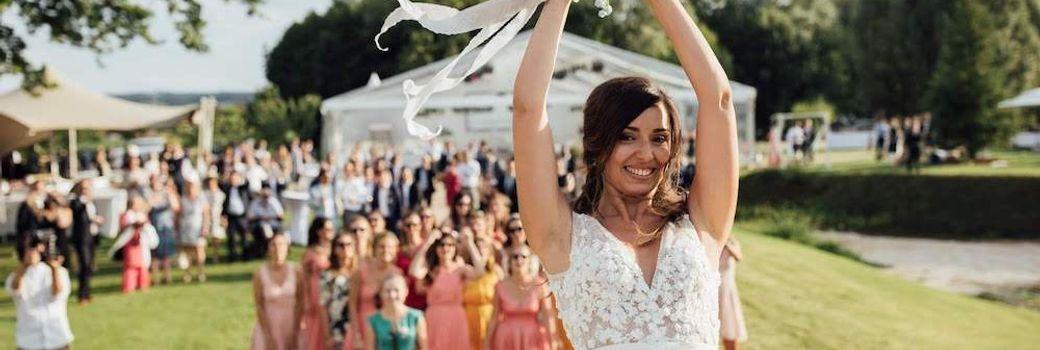 Mariage dans le parc d'un château en Rhône-Alpes